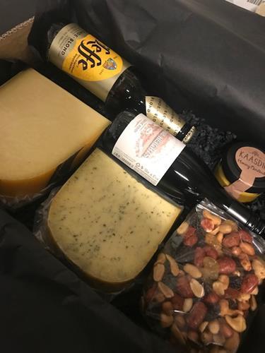 2 kaas-bier-wijn-noot-dip verpakt